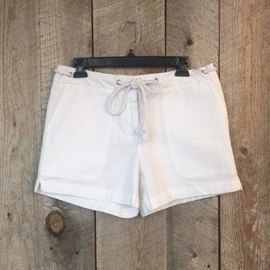 NWOT Cynthia Rowell white for summer shorts 8